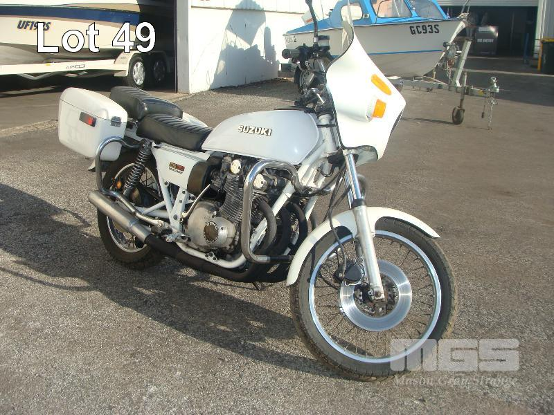 1980 SUZUKI GS 750D MOTORCYCLE - Mid-Year Boat Clearance, Plant